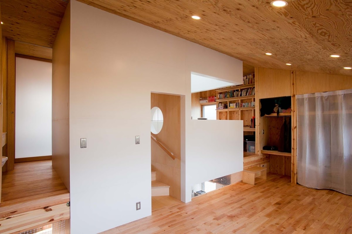 11-Master-Bedroom-Mizuishi-Architects-Atelier-Light-and-Airy-House-in-Japanese-Architecture-www-designstack-co