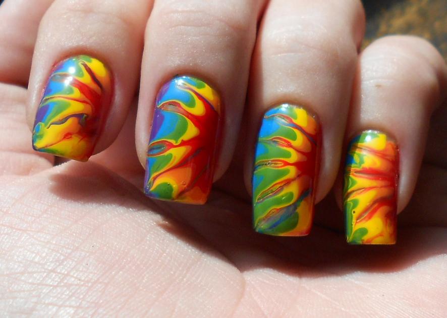 10 Amazing Tie Dye Nail Designs
