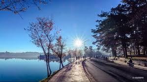 Hình ảnh bình minh ở Hồ Xuân Hương Đà Lạt tuyệt đẹp