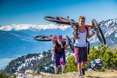 Richtige Tragetechnik beim Mountainbiken