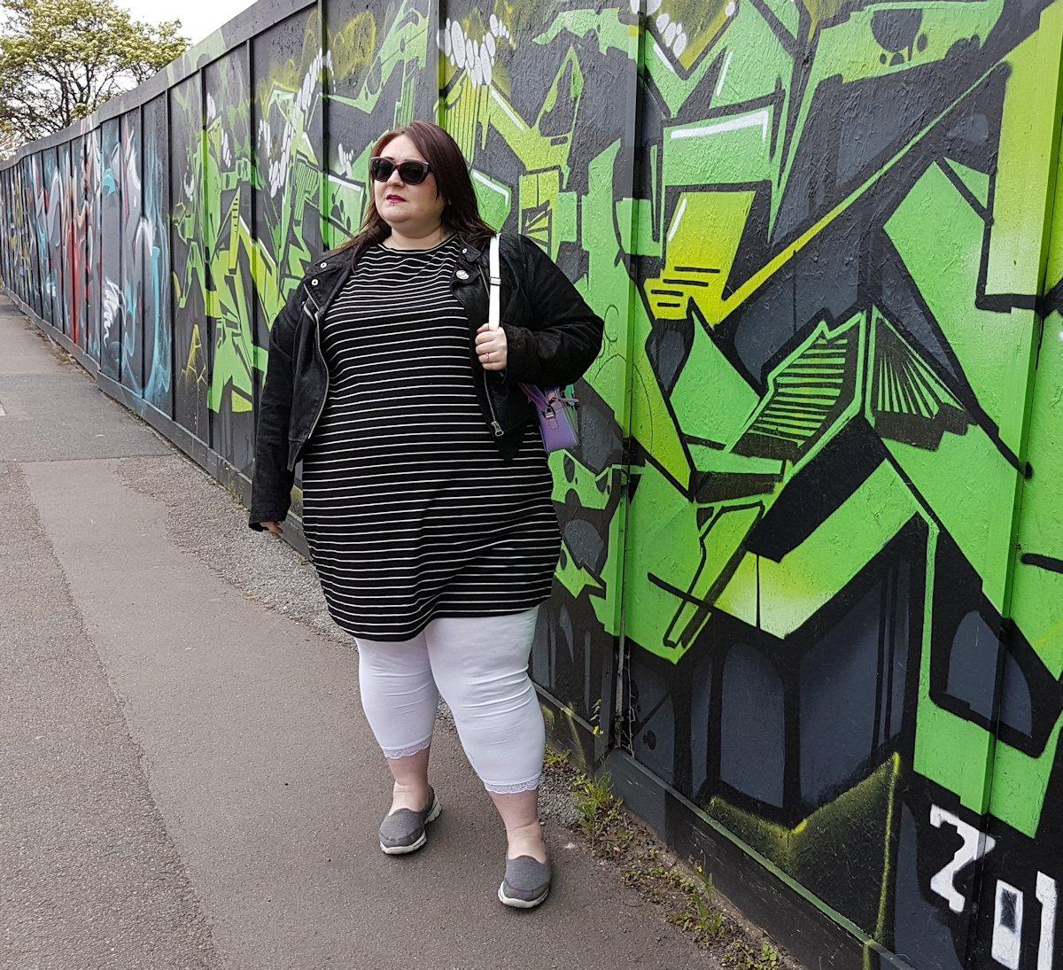 New Look Curves Black Stripe 3/4 Sleeve Swing Dress // www.xloveleahx.co.uk