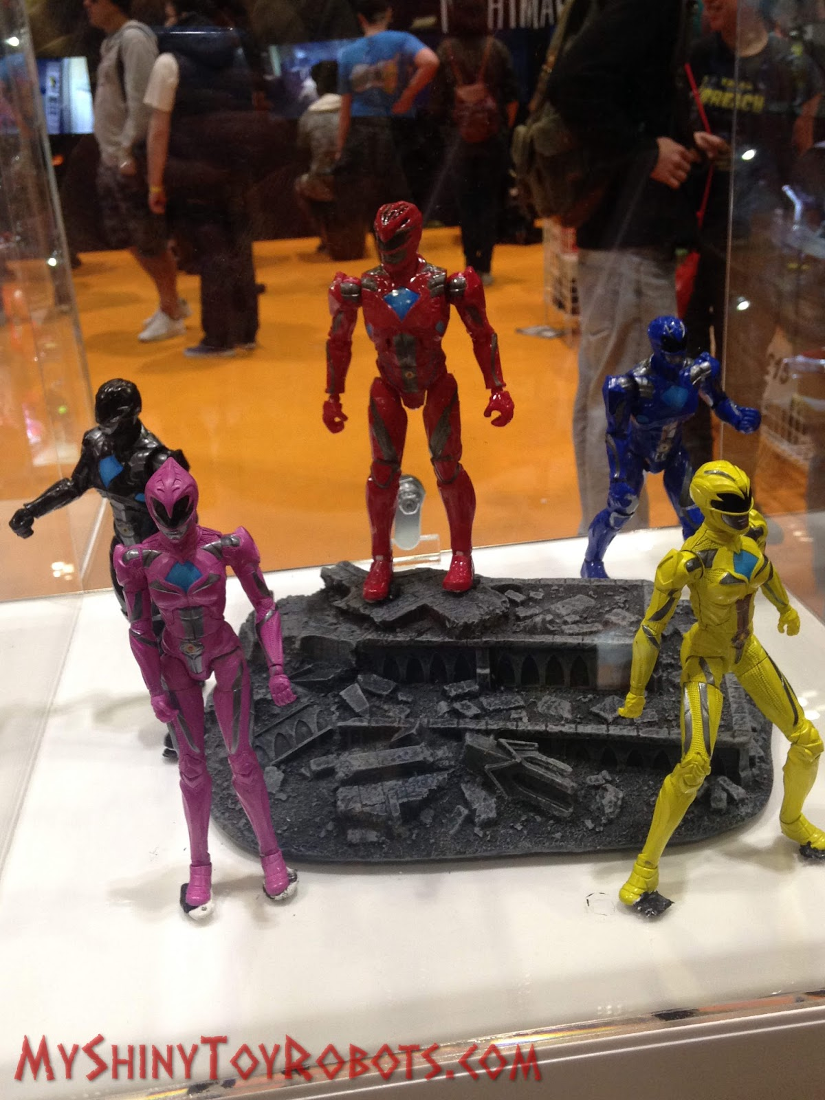 2017 Power Rangers Movie Toys At MCM London Comic Con