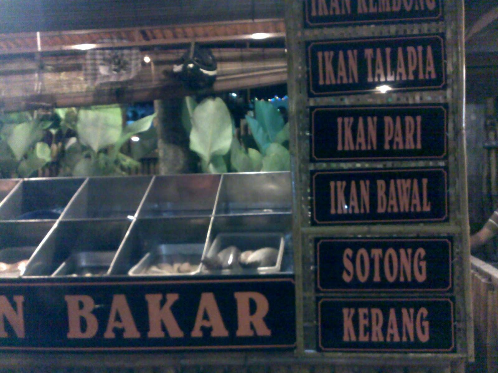Restoran D Dapur Ibuku Menyediakan Masakan Melayu Ala Siam Makanan Laut Western Dan Keistimewaannya Ialah Nasi Goreng