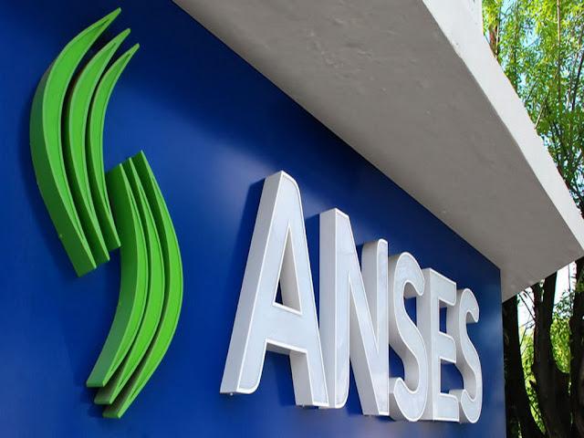 La ANSES responde las 24 horas desde el número gratuito 130