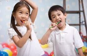 http://info-sipaijo.blogspot.com/2015/07/12-manfaat-lain-dari-pasta-gigi-yang.html