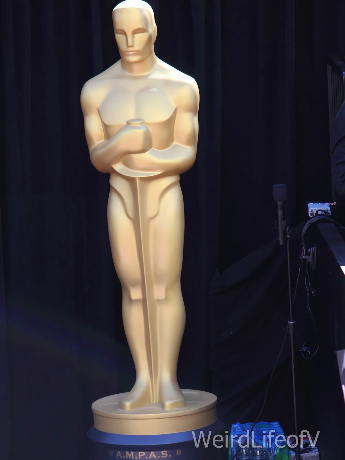 Oscar statuette on the red carpet
