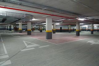 Parking cerca de El Pilar