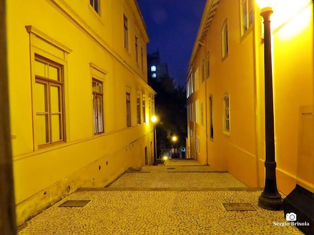 Foto noturna do Beco do Pinto - Centro - São Paulo