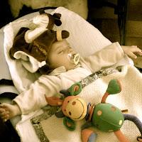 bébé Hadrien endormi