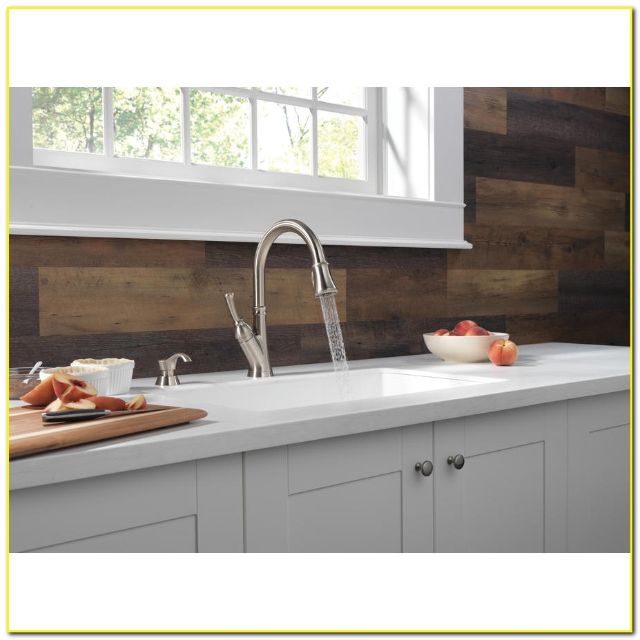 Delta Savile Stainless 1 Handle Pull Down Kitchen Faucet