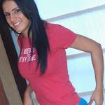 Selena Spice Camiseta Roja Foto 2