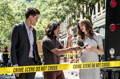 """The Flash -- """"Nora"""" -- Image Number: FLA501b_0175b.jpg -- Pictured (L-R): Hartley Sawyer as Dibney, Carlos Valdes as Cisco Ramon and Danielle Panabaker as Caitlin Snow -- Photo: Katie Yu/The CW -- © 2018 The CW Network, LLC. All rights reserved"""