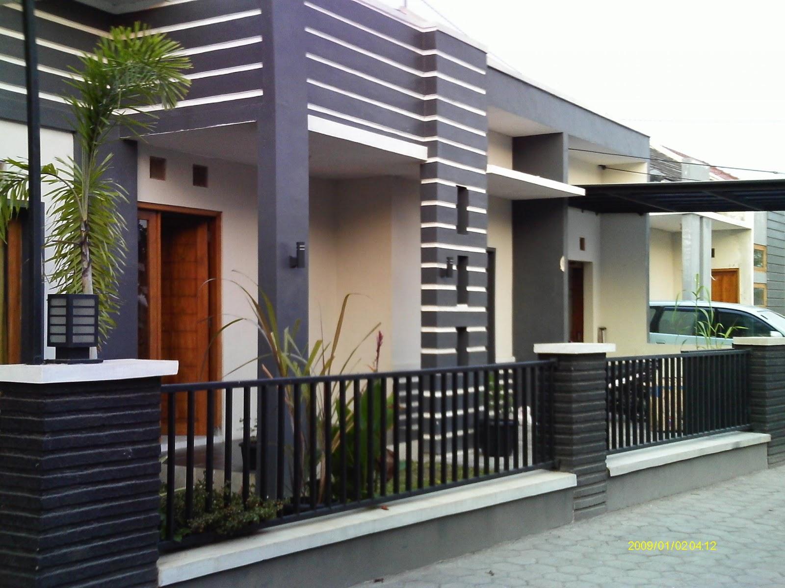 70 Desain Pagar Rumah Minimalis Kayu dan Besi  Desainrumahnyacom