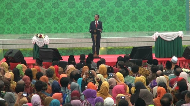 Jokowi: Heran Saya Sama yang Percaya Isu PKI, Kebangetan!