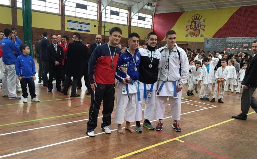 Karate shito ryu asturias el gimnasio yin yang de lugones for Gimnasio yin yang