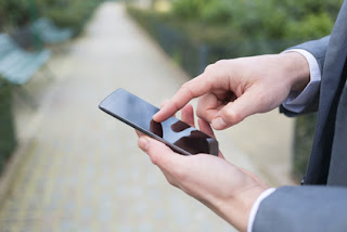 SMS lån - en uddøende race