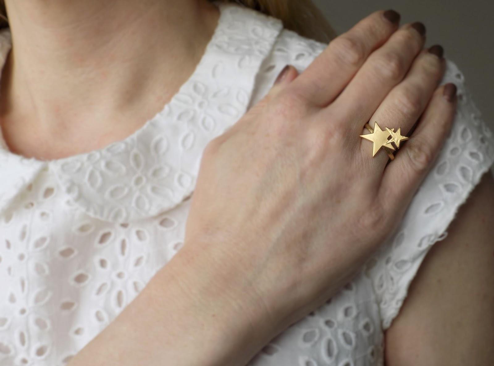 Danon gold stars ring