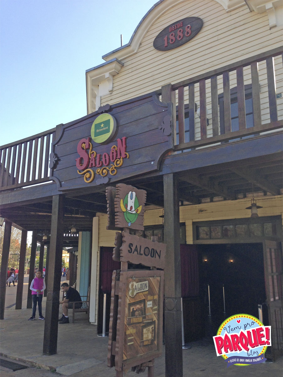 Saloon Hopi Hari Wild West