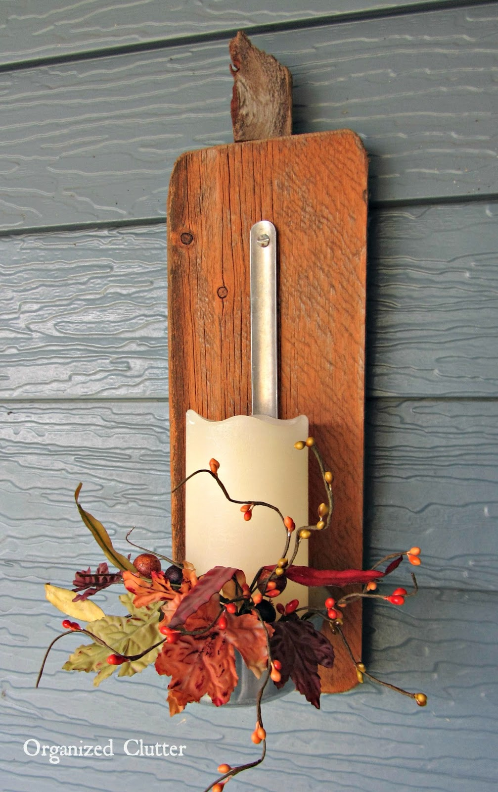 Barn Wood Ladle Pumpkin Display www.organizedclutterqueen.blogspot.com