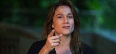 Fernanda Gentil reclama de Ivete Sangalo  no Faustão: 'Dedurou meu casamento'