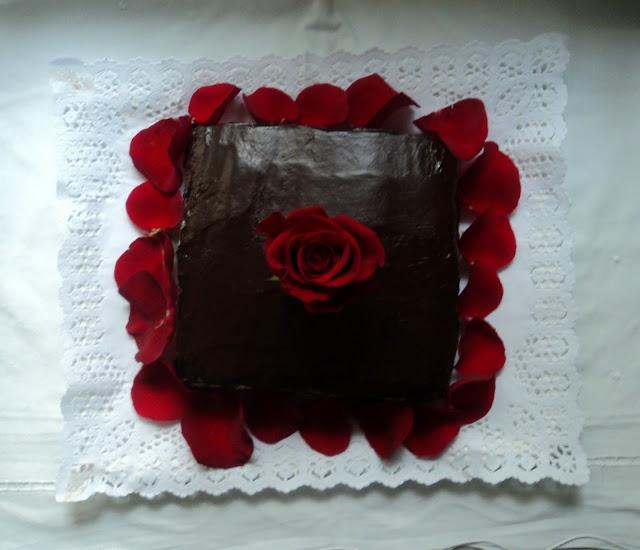 tarta-terciopelo-rojo-presentacion