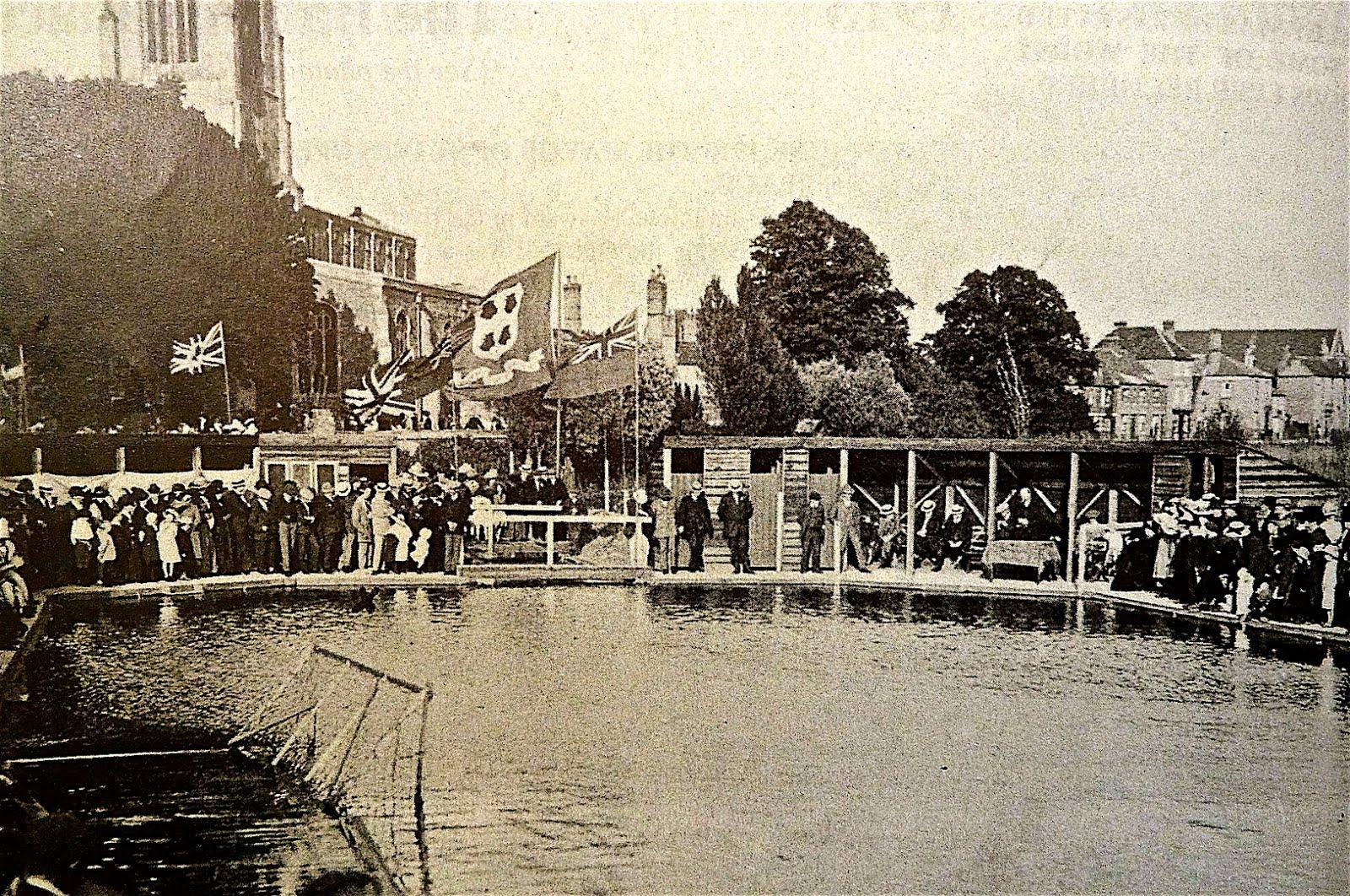 Holt Island swimming pool, St Ives 1913