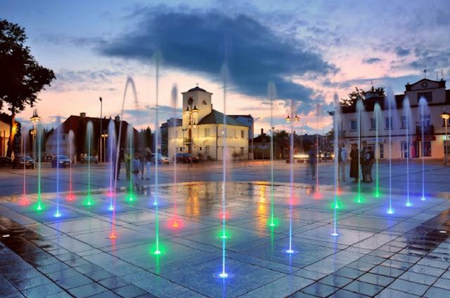 Piaseczno rynek fontanna
