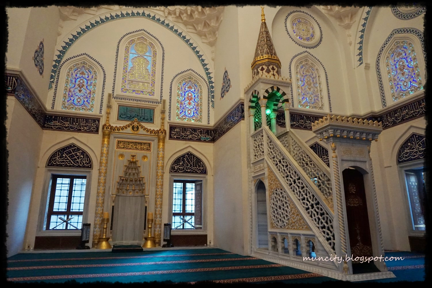 Lalalaland   : Mosques in Tokyo