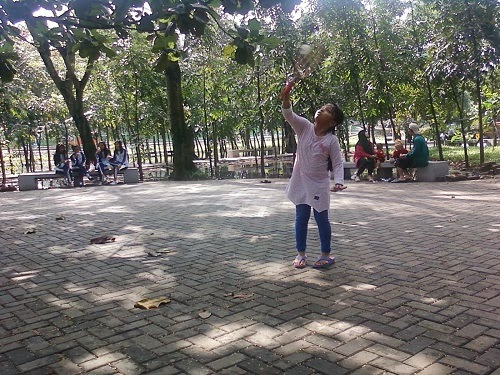 Wisata di Taman Kota Bekasi Bina Bangsa