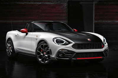 Abarth 124 Spider (2017) Front Side