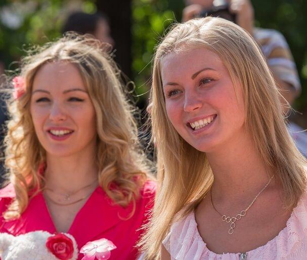 فتيات سويديات عازبات يبحثن عن ازواج 2018