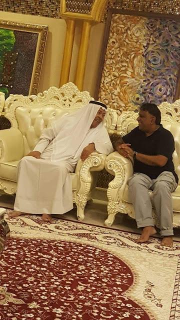 عملاق الفن الخليجي الأستاذ سعد الفرج يصل الى سلطنة عمان