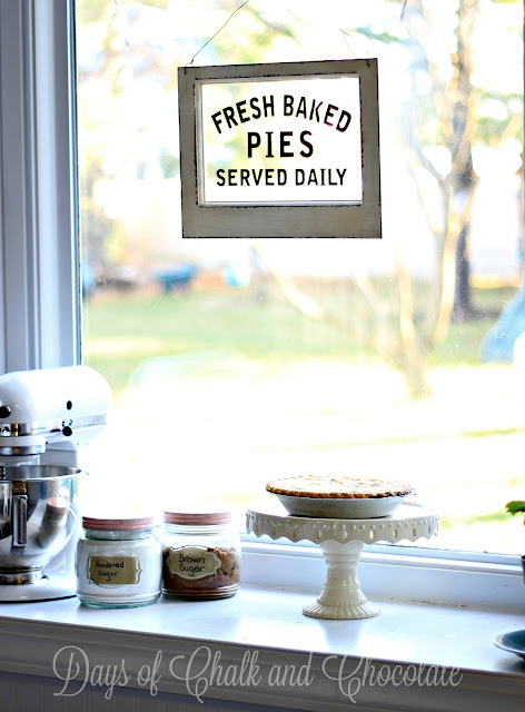 kitchen-sign-vintage-pies