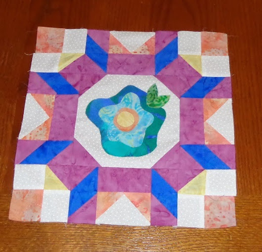Not good at blogging. Quilting is better.
