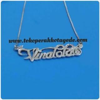 kalung nama silver perak elegan