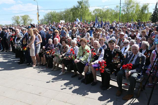Имена 15 тысяч павших земляков вспоминают в Сергиевом Посаде
