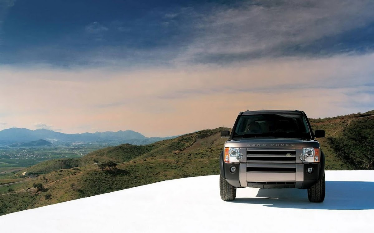 SUV Widescreen HD Wallpaper 8