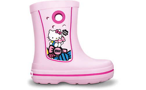 947b61edceee81 Mellow Mummy  Crocs Girls Hello Kitty Boots Review   Taking life as ...