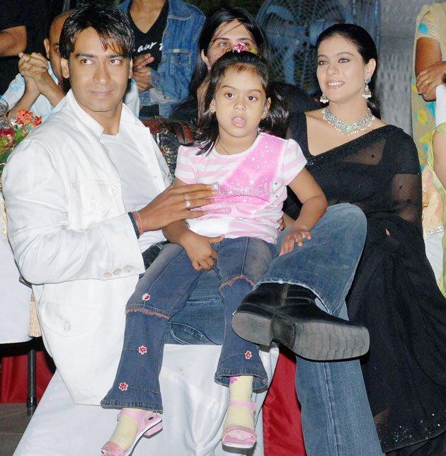 Entertainment World: Ajay Devgan Family