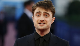 Wonderful Daniel Radcliffe gesture with Mexican fan of Harry Potter who suffers from cancer