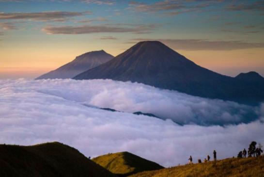 Terbaru 30 Pemandangan Gunung Kembar - Foto Pemandangan HD