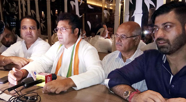 Dr. Ashok Tanwar Chintan and Churning Fell, told to the journalists in Faridabad, will teach the lesson