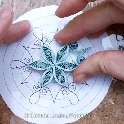 Quilling Snowflake Grid Assembly Tutorial
