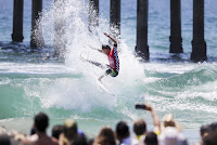 20 Kanoa Igarashi Vans US Open of Surfing foto WSL Kenneth Morris