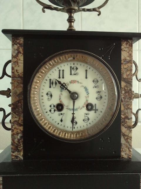 pendule napol on iii marbre bronze xix me si cle vide. Black Bedroom Furniture Sets. Home Design Ideas