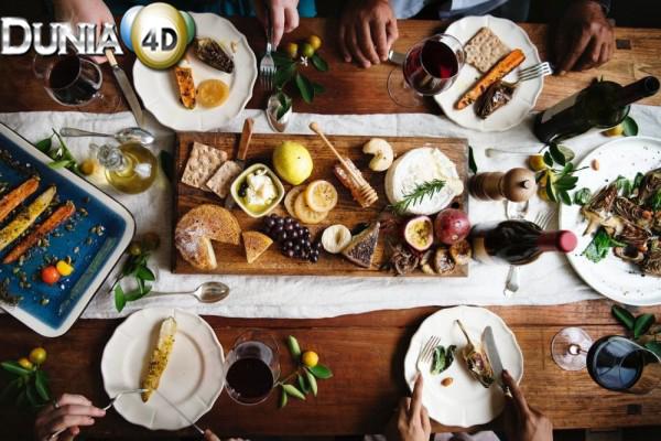 5 Jenis Makanan yang Asal Usulnya Masih Salah Dipahami Orang