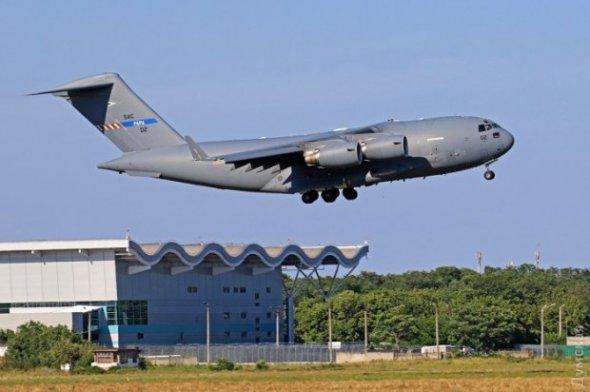 До України прибула авіація НАТО