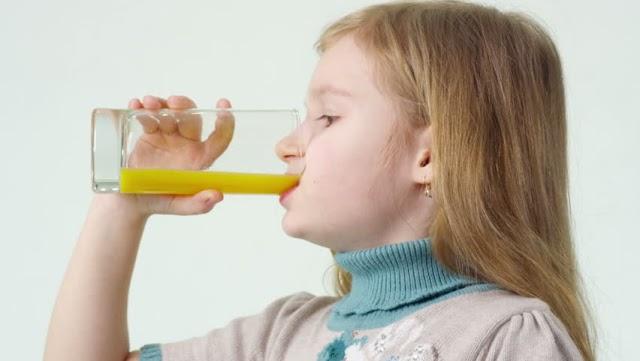 Đồ uống giải nhiệt giúp phòng bệnh mùa hè cho trẻ em