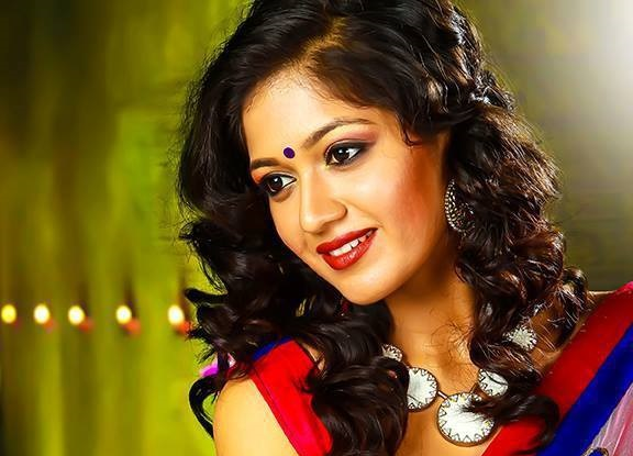 Meghana Raj Hot and Sexy Photos-Navel Show