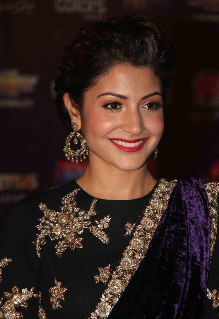 Anushka Sharma Latest Hd Wallpapers